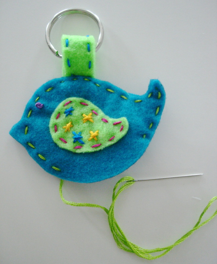 DIY Felt Bird Craft with photo instructions